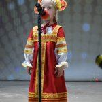 Никитина Кристина выступает на концерте ко дню пожилого человека
